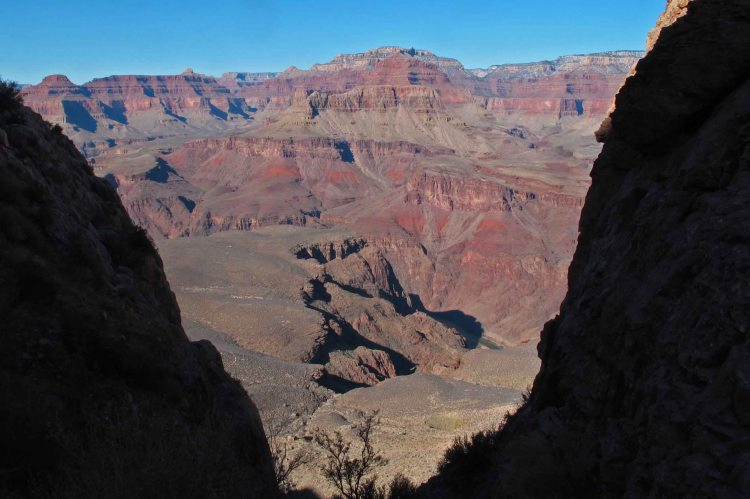 View toward inner canyon from the South Kaibab Trail