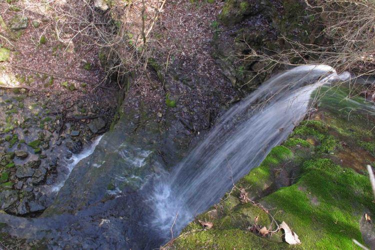 Pearly Springs Waterfall