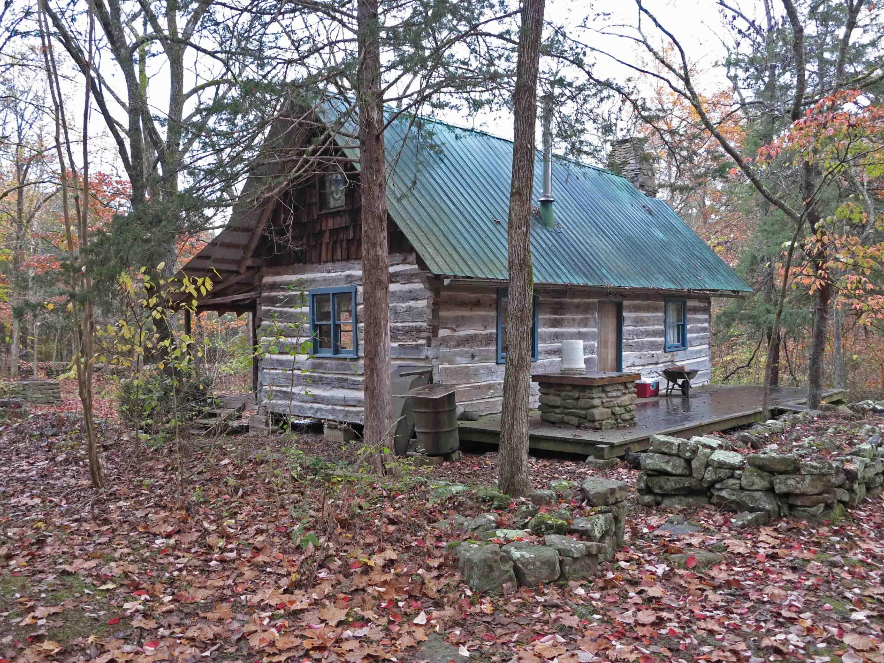 cabins big family lodge cypress the cedar lodging image ozark part en of winter mountains