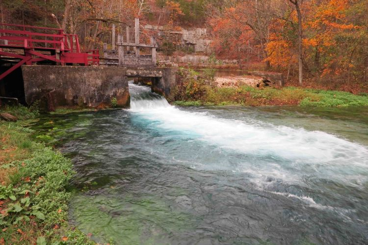 Alley Springs Mill